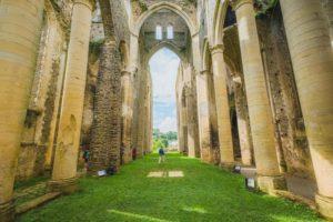 Abbaye de Hambye - Teddy Bear Photos - Coutances Tourisme